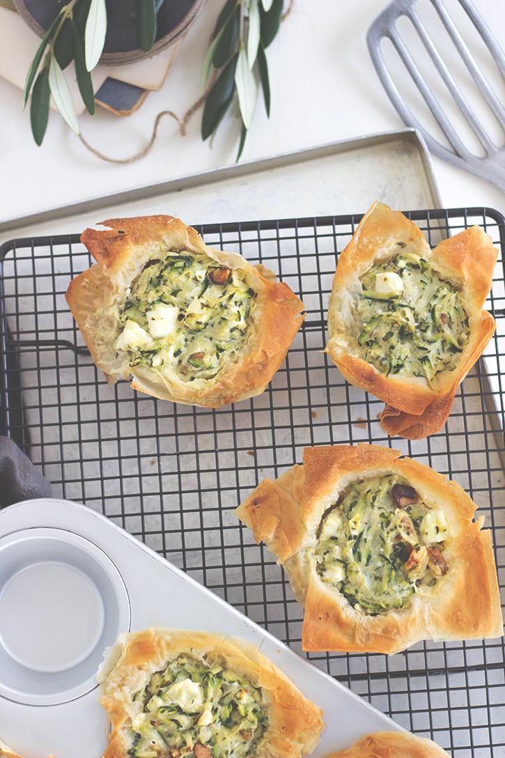 Rezept für mini Filo-Zucchini-Tartes mit Feta, Holunderweg18