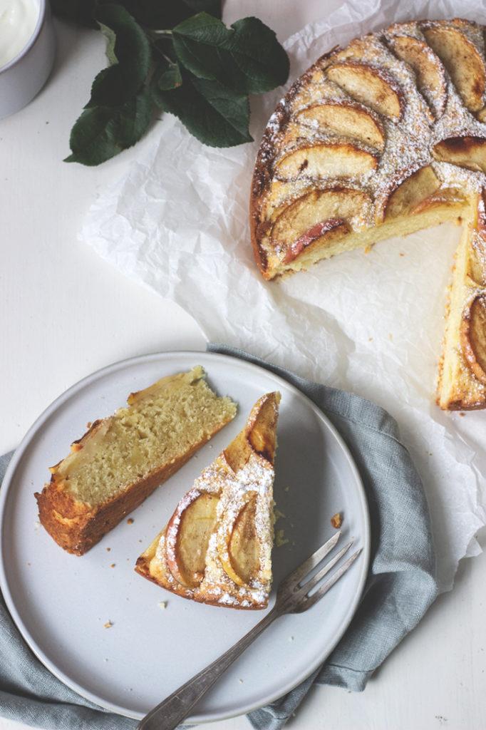 Saftiger Rührteig: Rezept Apfelkuchen mit Zimt