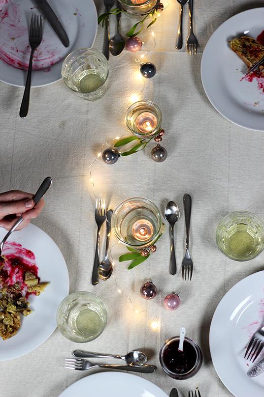 Rezept vegetarisches Weihnachtsmenü: Hauptgang Wirsing-Maronen-Strudel mit Cranberrysauce