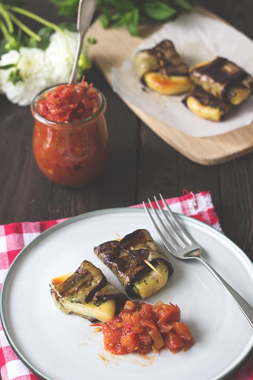 vegetarisch grillen grillk se auberginen p ckchen. Black Bedroom Furniture Sets. Home Design Ideas