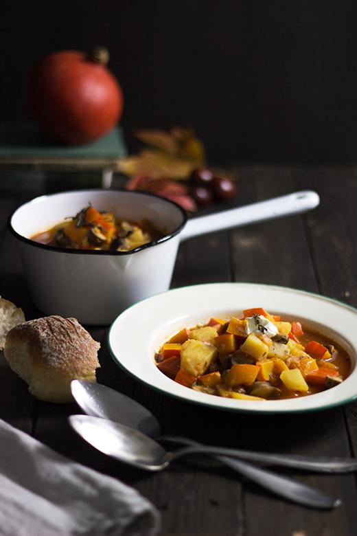 Rezept für veganes Kürbis-Kartoffel-Gulasch, Holunderweg18