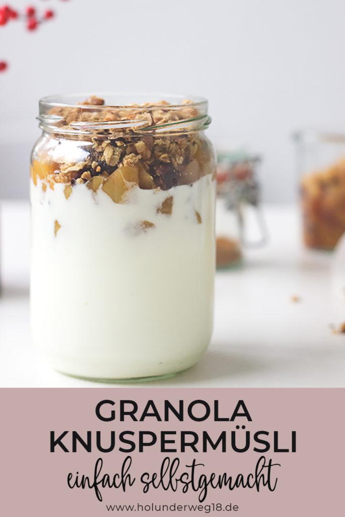 Rezept für selbstgemachtes Knuspermüsli: Granola mit Haferflocken, Leinsamen und Nüssen