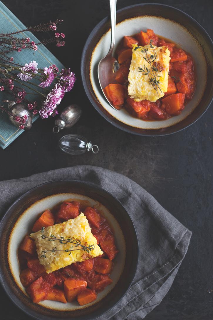 Rezept für Kürbisragout mit gratinierter Polenta. Vegetarisches Hauptgericht