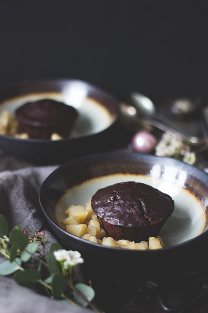 Rezept Rote Bete-Schoko-Kuchen mit Birnen-Küchlein - Dessert vegetarisches Weihnachtsmenü