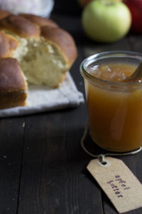 Rezept für würzige Apfelbutter oder Apfelmarmelade