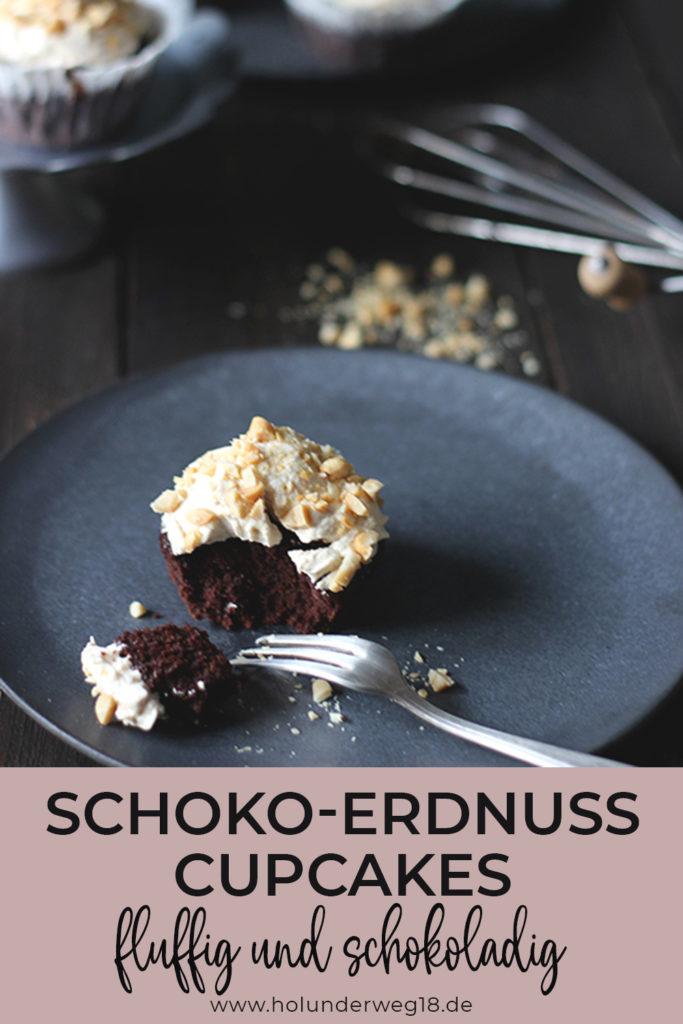 Saftige und fluffige Schoko-Erdnuss-Cupacakes. Einfach vegan backen