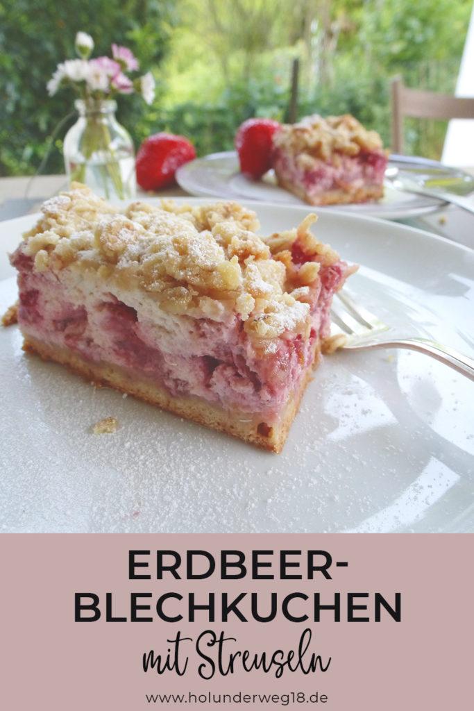 Erdbeer-Streuselkuchen mit Quark vom Blech - Rezept für Erdbeer-Blechkuchen