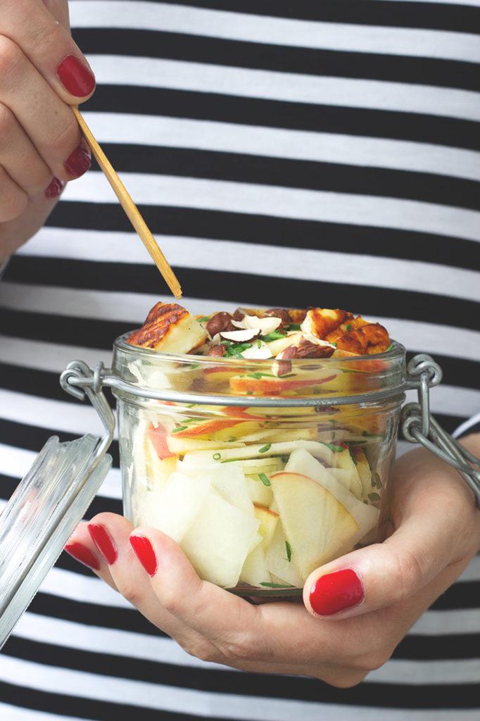 Rezept für Apfel-Kohlrabi-Salat mit Halloumi - perfektes Lunchbox-Rezept